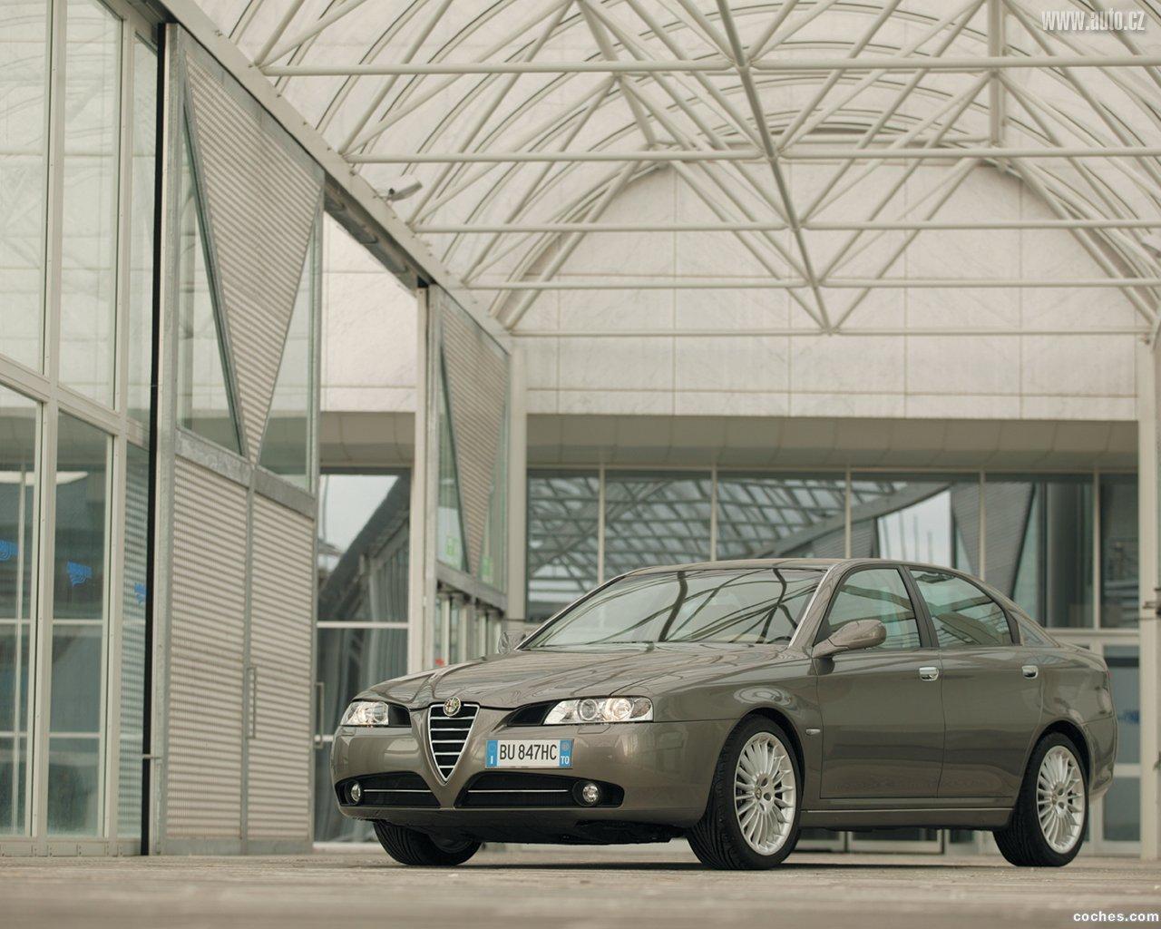Foto 21 de Alfa Romeo 166 2004