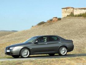 Ver foto 15 de Alfa Romeo 166 2004