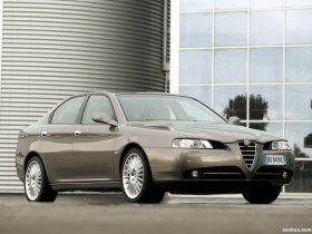Ver foto 4 de Alfa Romeo 166 2004
