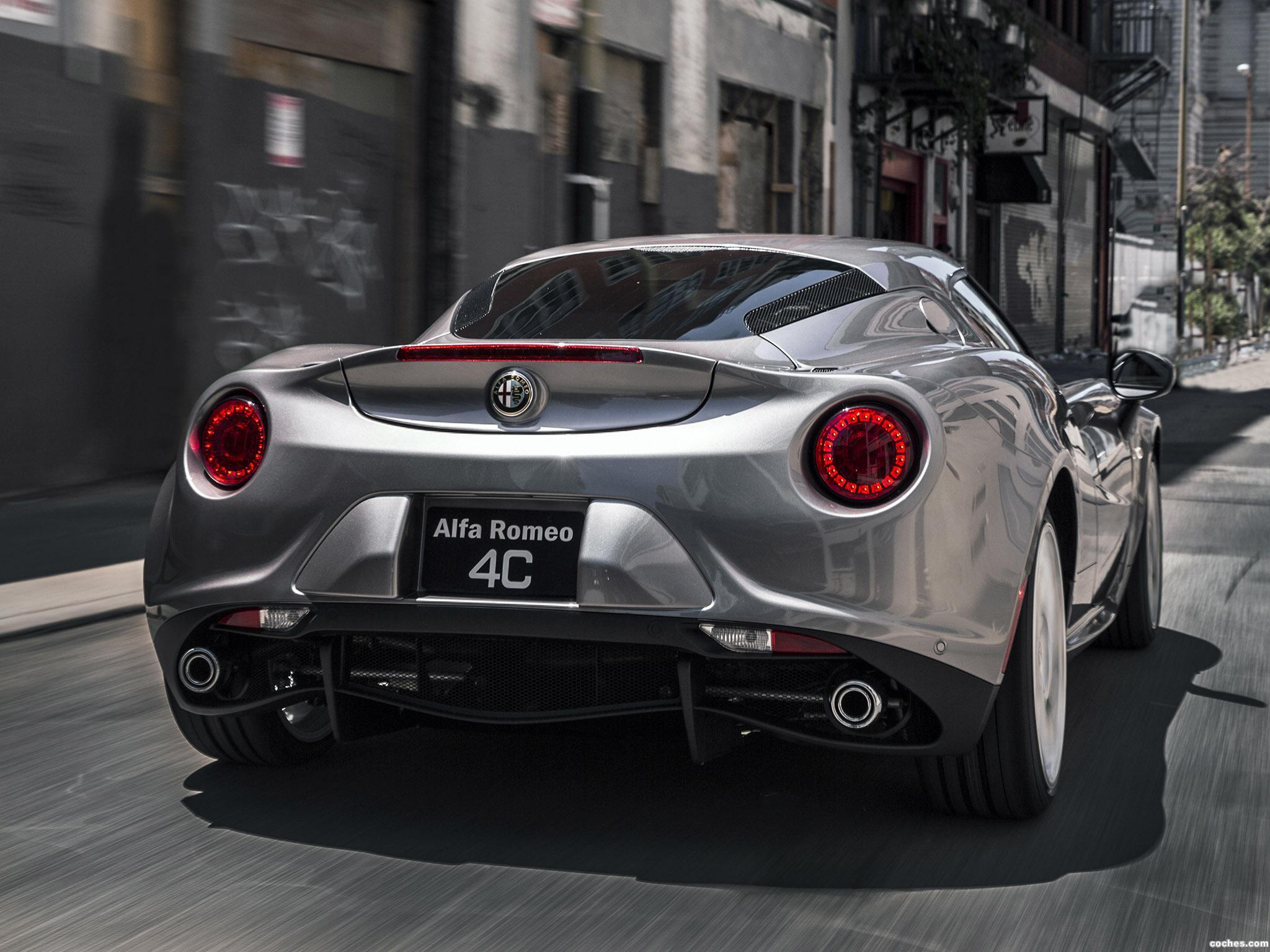 Foto 10 de Alfa Romeo 4C USA 2014