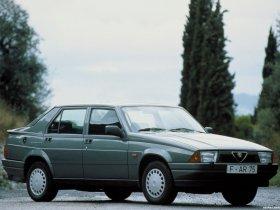 Ver foto 1 de Alfa Romeo 75 1998