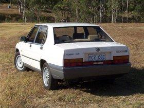 Ver foto 4 de Alfa Romeo 90 2.5 V6 1984