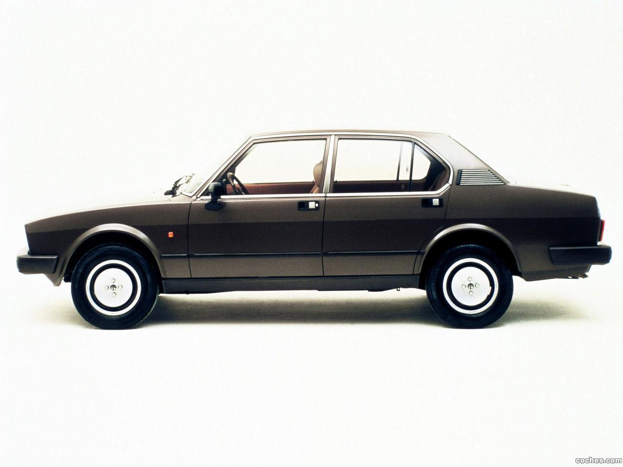 Foto 1 de Alfetta 2.0i Quadrifoglio Oro 1982