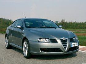 Ver foto 2 de Alf Romeo GT 2003