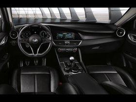 Ver foto 3 de Alfa Romeo Giulia 952 2016