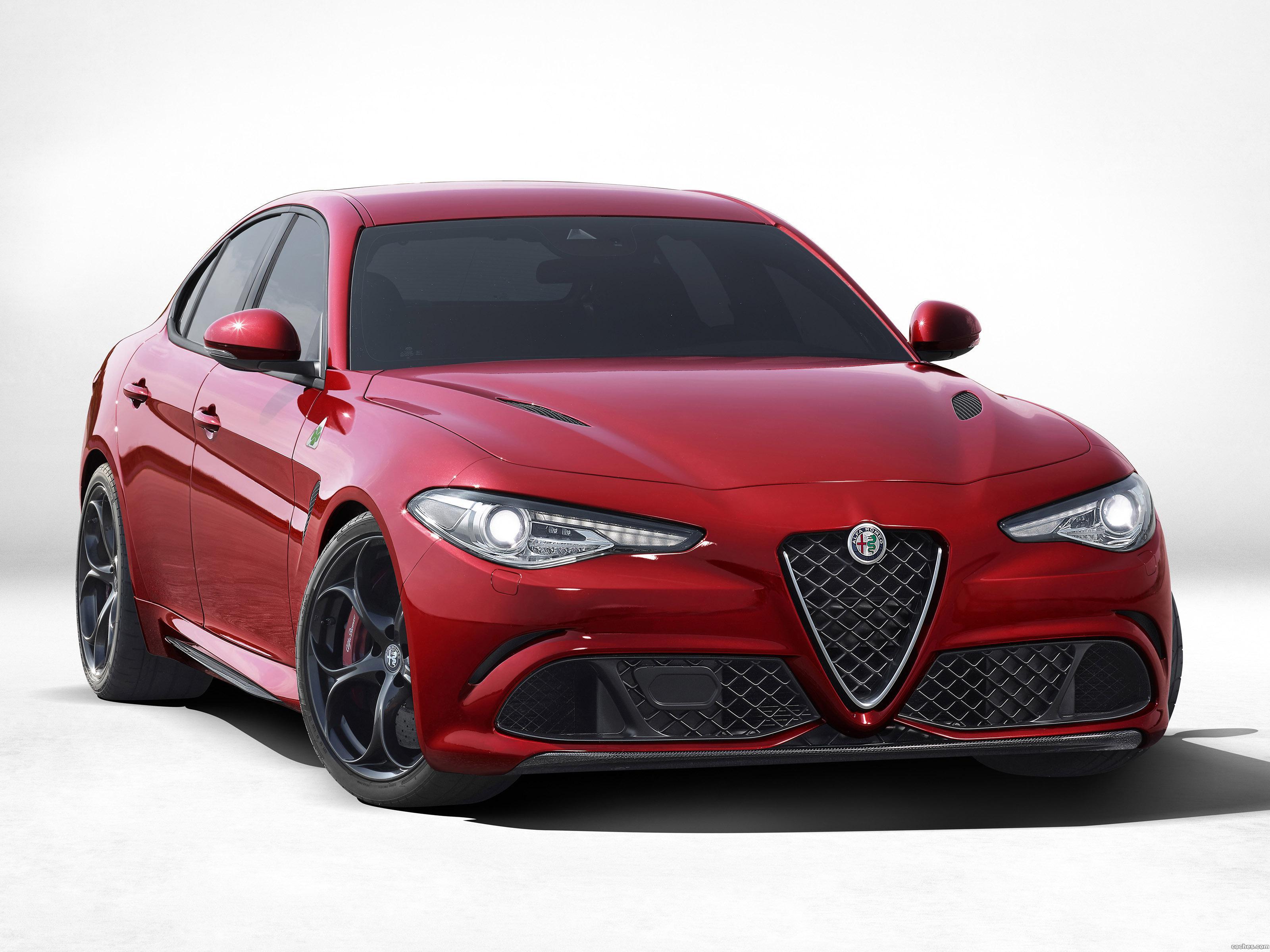 Foto 0 de Alfa Romeo Giulia Quadrifoglio 2015