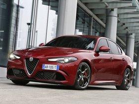 Ver foto 36 de Alfa Romeo Giulia Quadrifoglio 2015