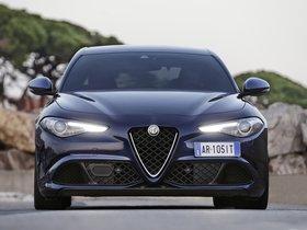 Ver foto 33 de Alfa Romeo Giulia Quadrifoglio 2015