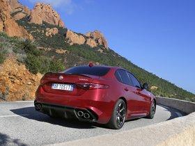 Ver foto 31 de Alfa Romeo Giulia Quadrifoglio 2015