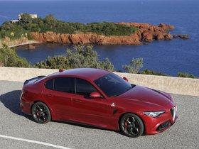 Ver foto 30 de Alfa Romeo Giulia Quadrifoglio 2015