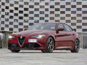Ver foto 27 de Alfa Romeo Giulia Quadrifoglio 2015