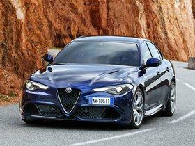 Ver foto 11 de Alfa Romeo Giulia Quadrifoglio 2015