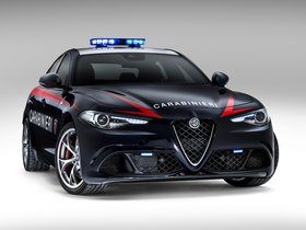 Fotos de Alfa Romeo Giulia Quadrifoglio Verde Carabinieri 2016