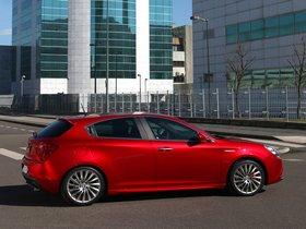 Ver foto 32 de Alfa Romeo Giulietta 2010