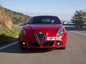 Ver foto 11 de Alfa Romeo Giulietta Quadrifoglio Verde 940 2010