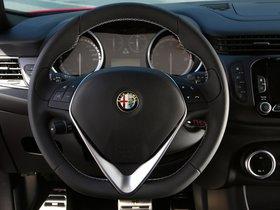 Ver foto 29 de Alfa Romeo Giulietta Quadrifoglio Verde 2014