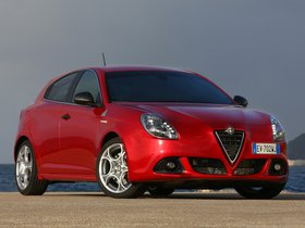 Ver foto 11 de Alfa Romeo Giulietta Quadrifoglio Verde 2014