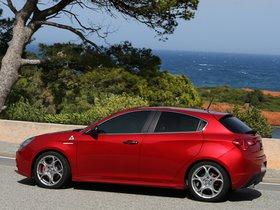 Ver foto 10 de Alfa Romeo Giulietta Quadrifoglio Verde 2014