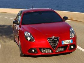 Ver foto 8 de Alfa Romeo Giulietta Quadrifoglio Verde 2014
