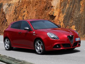 Ver foto 6 de Alfa Romeo Giulietta Quadrifoglio Verde 2014