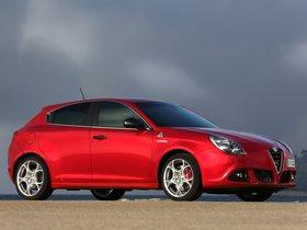 Ver foto 5 de Alfa Romeo Giulietta Quadrifoglio Verde 2014