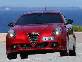 Ver foto 2 de Alfa Romeo Giulietta Quadrifoglio Verde 2014