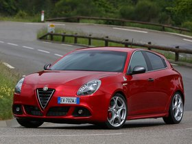 Ver foto 26 de Alfa Romeo Giulietta Quadrifoglio Verde 2014