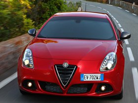 Ver foto 24 de Alfa Romeo Giulietta Quadrifoglio Verde 2014