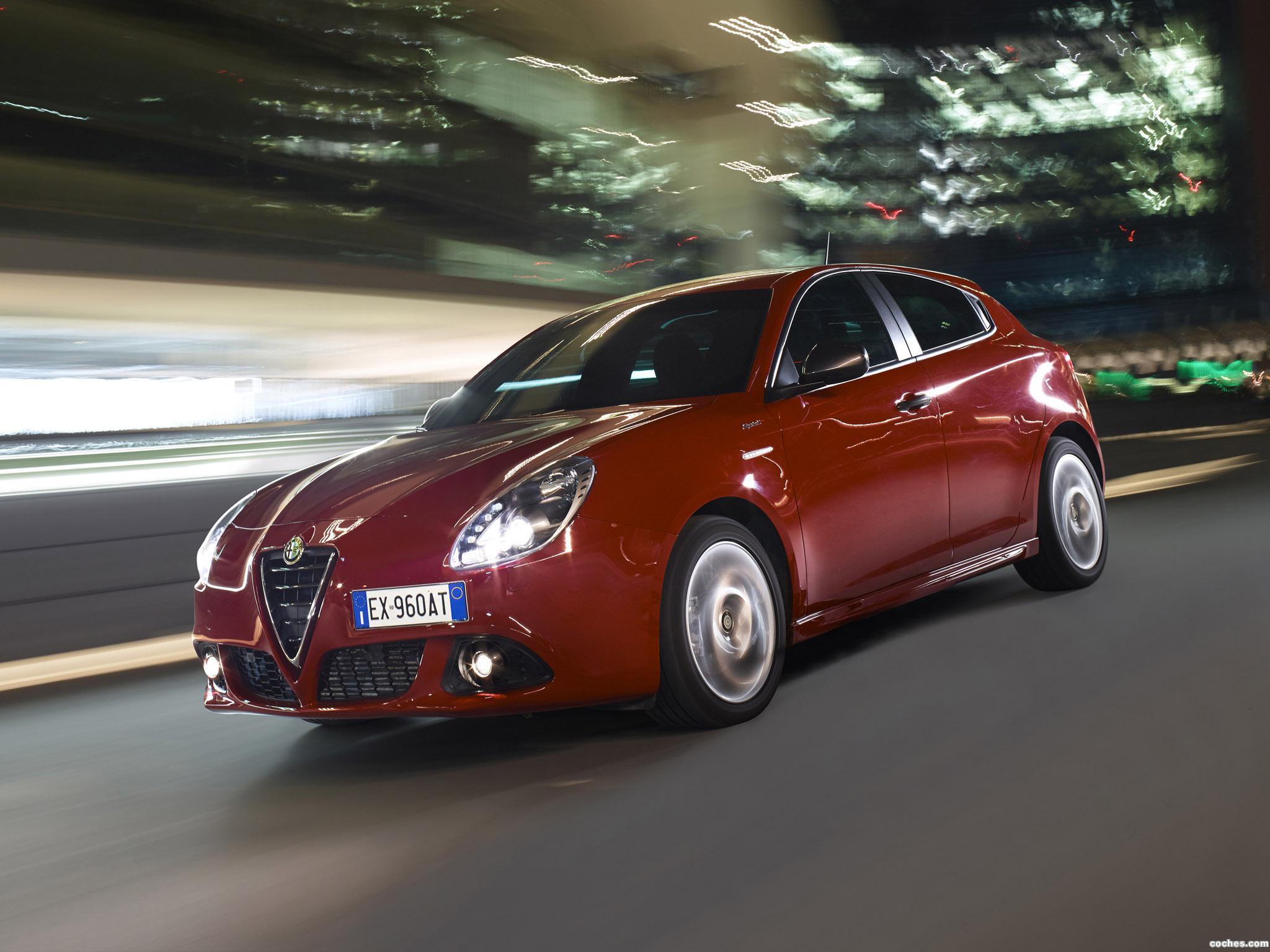 Foto 2 de Alfa Romeo Giulietta Sprint 2014