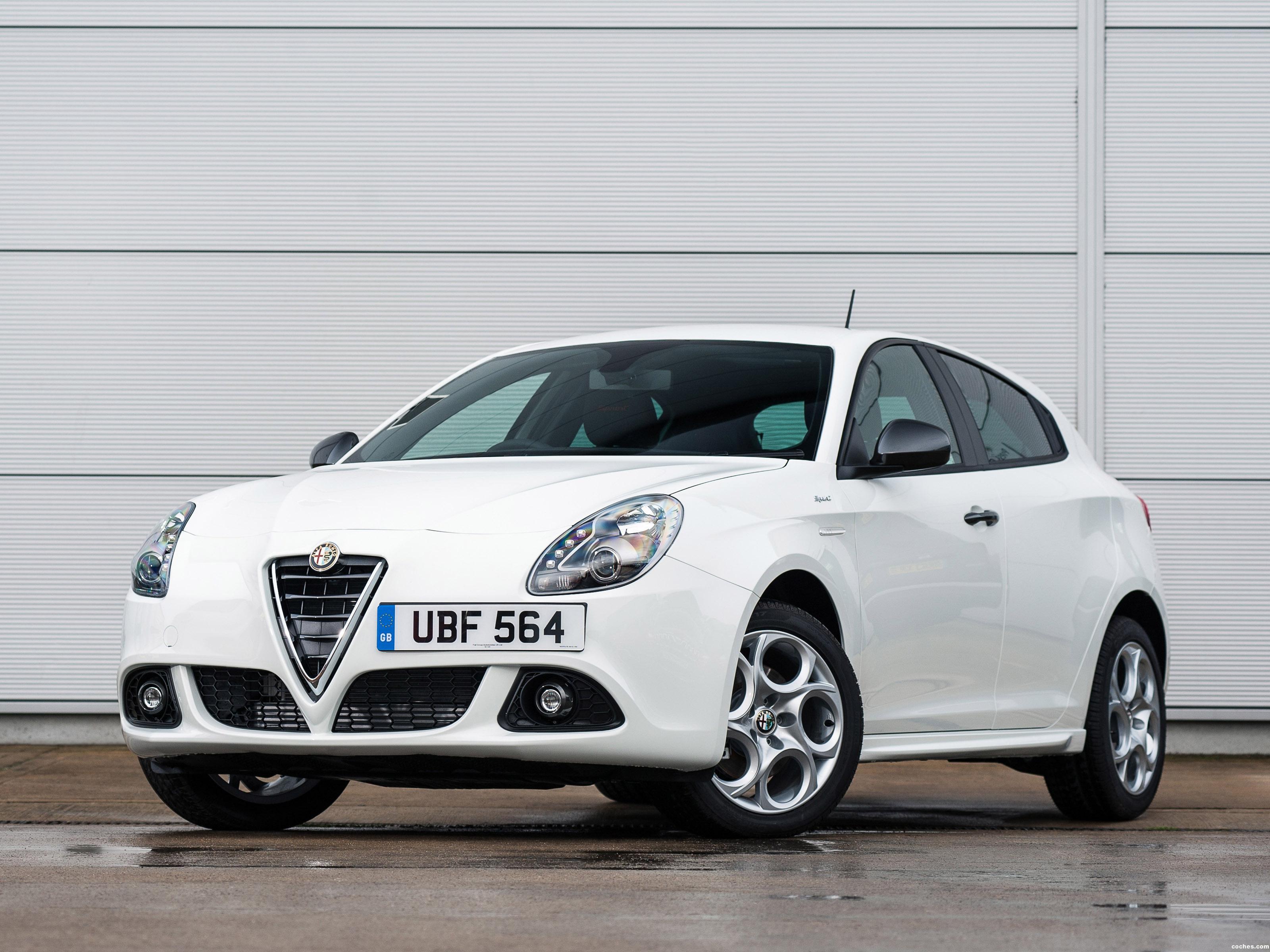 Foto 0 de Alfa Romeo Giulietta Sprint UK 2014