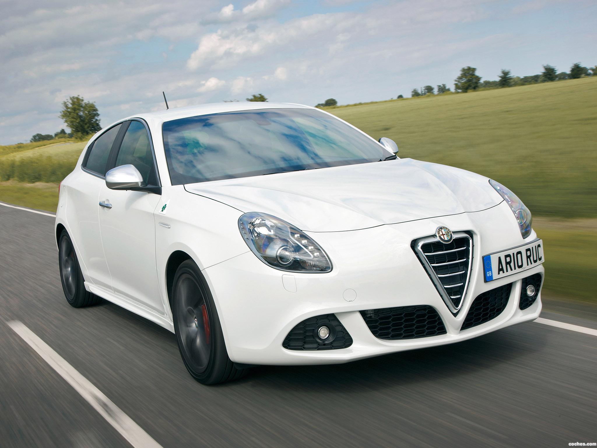 Foto 11 de Alfa Romeo Giulietta UK 2010