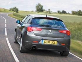 Ver foto 2 de Alfa Romeo Giulietta UK 2010