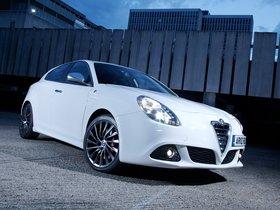 Fotos de Alfa Romeo Giulietta UK 2010