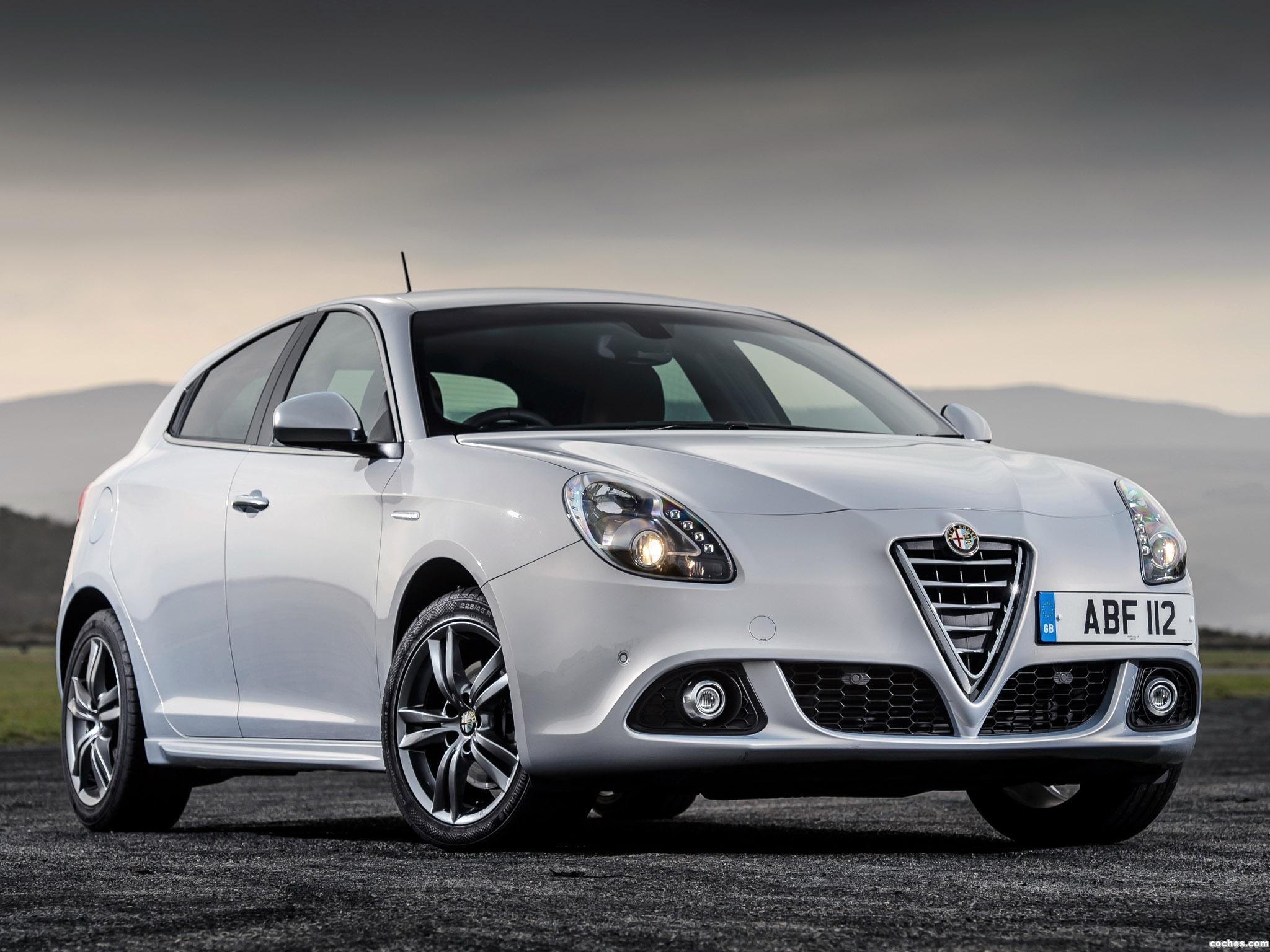 Foto 0 de Alfa Romeo Giulietta UK 2014