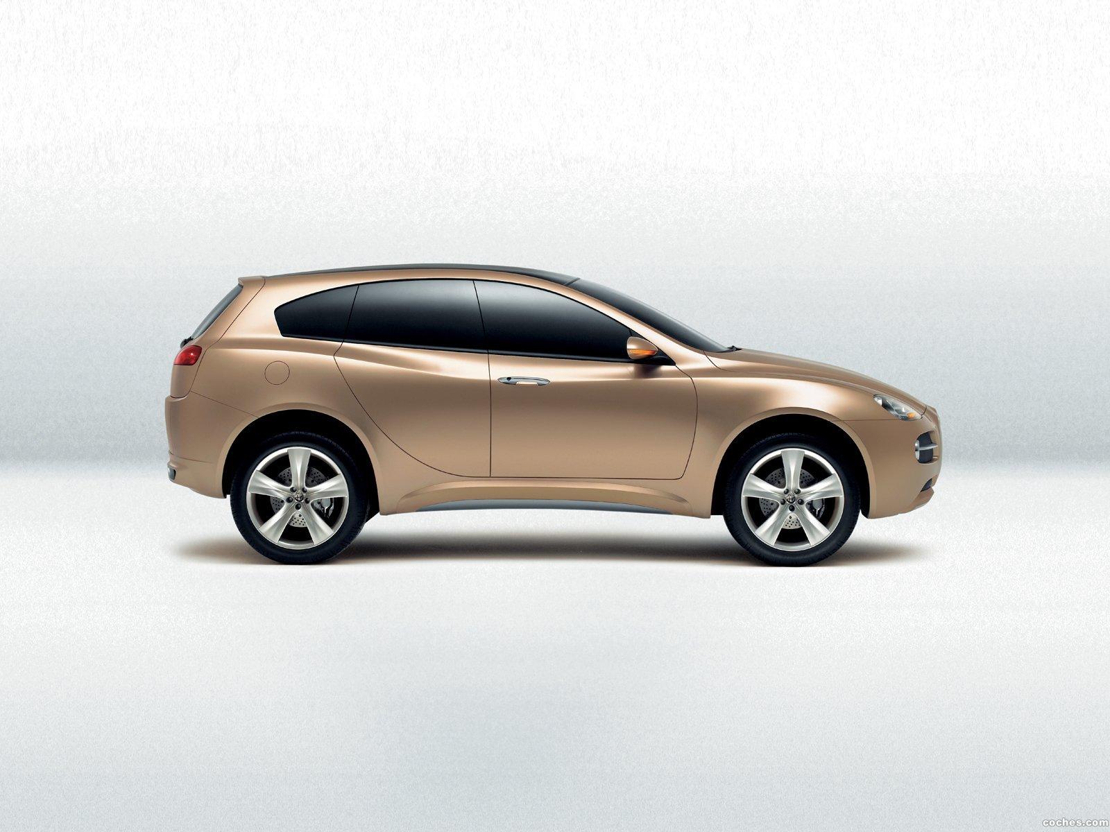 Foto 1 de Alfa Romeo Kamal Concept 2003