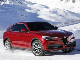 Ver foto 30 de Alfa Romeo Stelvio 2017