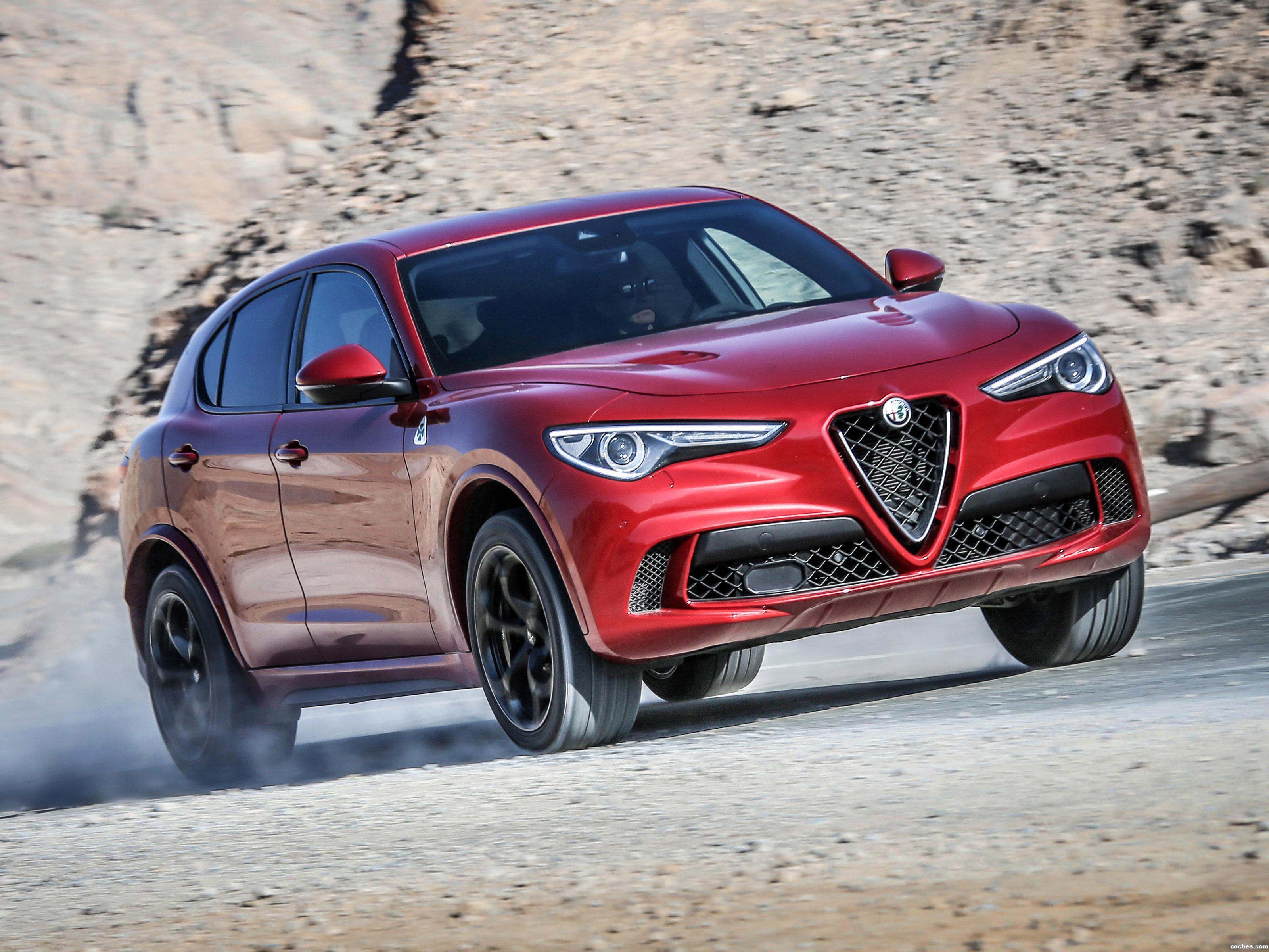 Foto 0 de Alfa Romeo Stelvio Quadrifoglio 2017