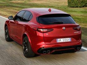 Ver foto 21 de Alfa Romeo Stelvio Quadrifoglio 2017