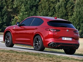 Ver foto 17 de Alfa Romeo Stelvio Quadrifoglio 2017