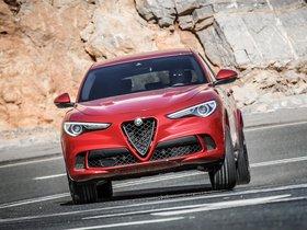 Ver foto 4 de Alfa Romeo Stelvio Quadrifoglio 2017