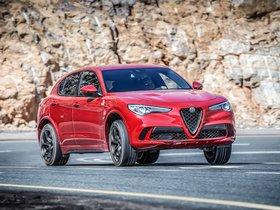 Ver foto 36 de Alfa Romeo Stelvio Quadrifoglio 2017