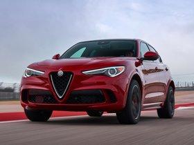 Ver foto 20 de Alfa Romeo Stelvio Quadrifoglio USA 2018
