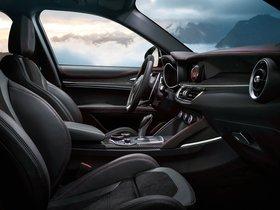 Ver foto 36 de Alfa Romeo Stelvio Quadrifoglio USA 2018