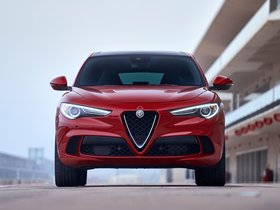 Ver foto 18 de Alfa Romeo Stelvio Quadrifoglio USA 2018