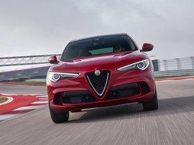 Ver foto 14 de Alfa Romeo Stelvio Quadrifoglio USA 2018