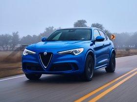 Ver foto 2 de Alfa Romeo Stelvio Quadrifoglio USA 2018