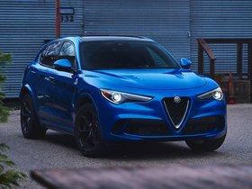 Ver foto 1 de Alfa Romeo Stelvio Quadrifoglio USA 2018