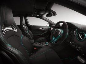 Ver foto 3 de Mercedes Clase A A45 AMG Petronas Green W176 2014