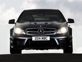 Ver foto 20 de Mercedes Clase C 63 AMG Black Series Coupe C204 UK 2012