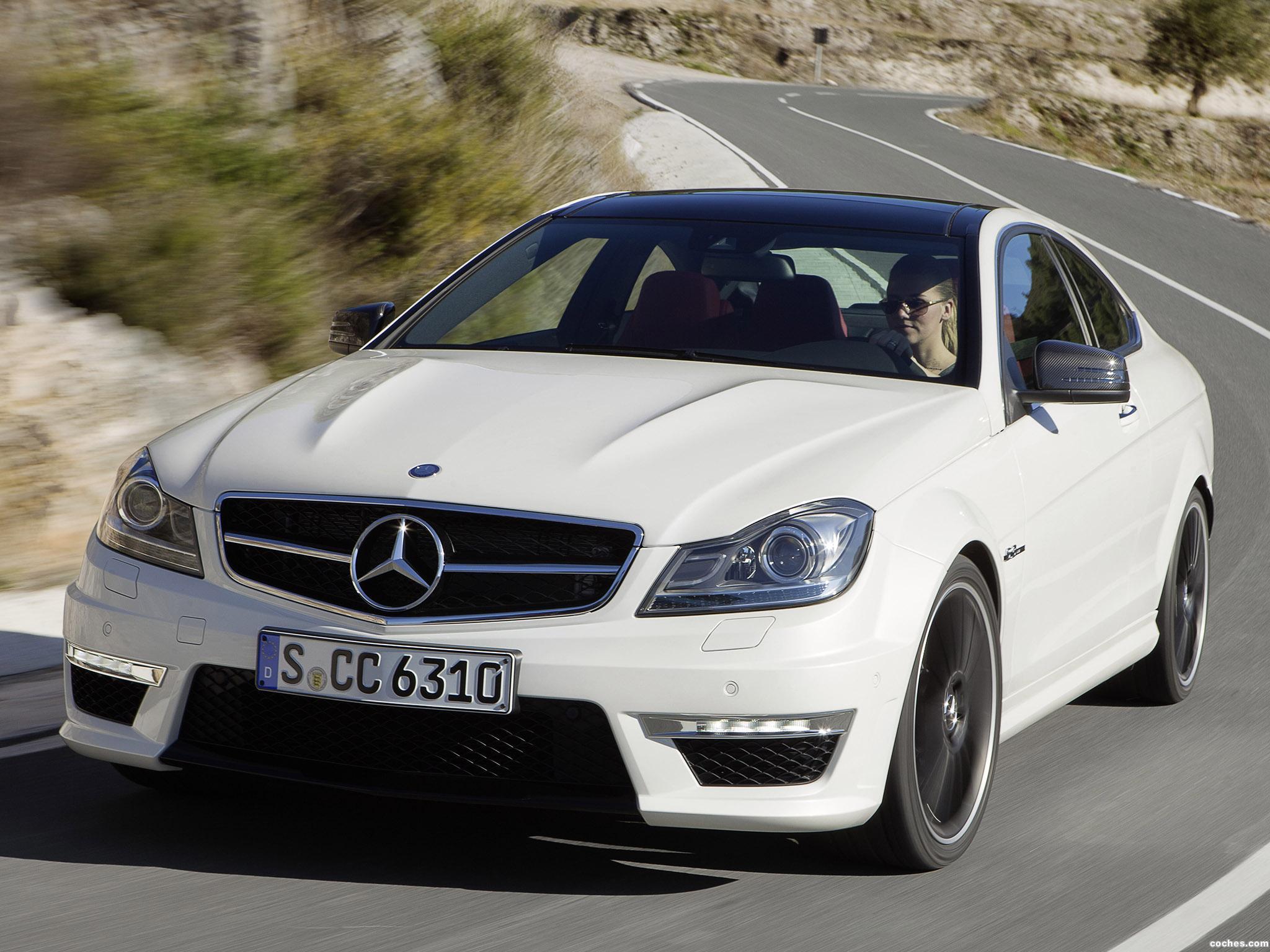 Foto 3 de Mercedes Clase C AMG C63 Coupe  2011